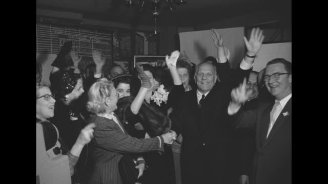 vidéos et rushes de a jubilant knight and supporters happily wave / he and wife virginia - gouverneur