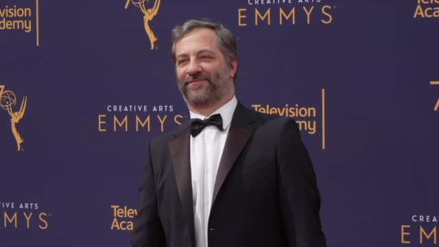 vídeos de stock, filmes e b-roll de judd apatow at the 2018 creative arts emmy awards day 2 at microsoft theater on september 09 2018 in los angeles california - judd apatow