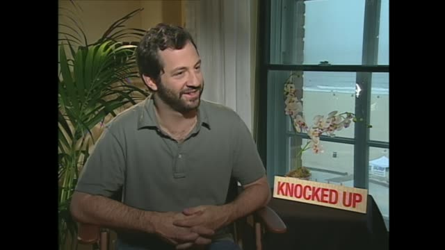 judd apatow on casting his daughters in his movies - 脚本家点の映像素材/bロール