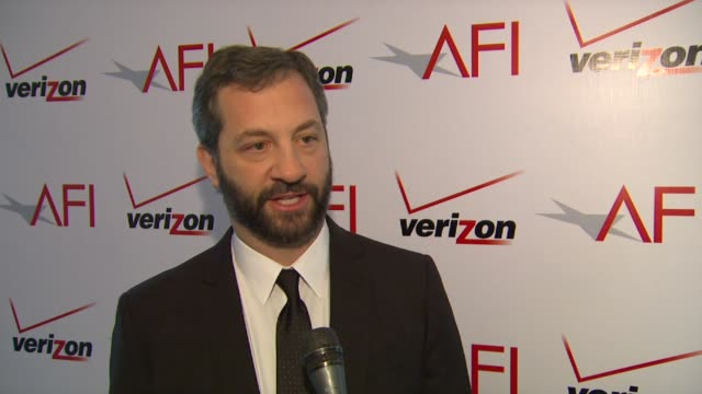 vídeos de stock, filmes e b-roll de judd apatow on the being honored by afi and on the film 'bridesmaids' at afi awards 2012 luncheon in beverly hills ca on 1/13/12 - judd apatow