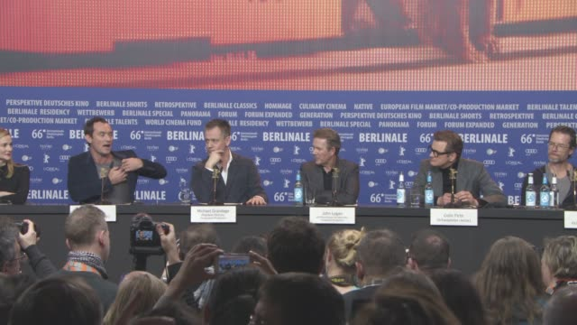 stockvideo's en b-roll-footage met interview jude law colin firth on the research they did for the film at 'genius' press conference 66th berlin international film festival on february... - internationaal filmfestival van berlijn 2016