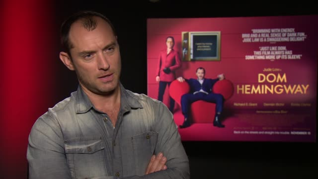 jude law on richard e grant at 'don hemingway' interview on november 8, 2013 in london, england. - richard e. grant stock videos & royalty-free footage