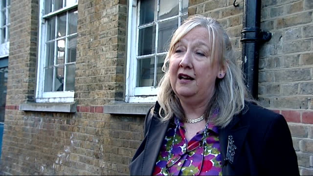 Judge rules government scrapping of Building Schools for the Future scheme is unlawful ENGLAND London Waltham Forest EXT Entrance to dilapidated...