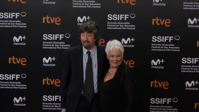 judi dench and trevor nunn during the 66th san sebastian international film festival at kursaal palace on september 25, 2018 in san sebastian, spain. - ジュディ・デンチ点の映像素材/bロール