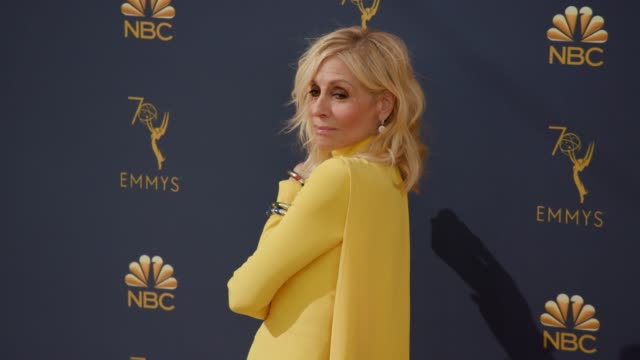 vídeos de stock, filmes e b-roll de judith light at the 70th emmy awards arrivals at microsoft theater on september 17 2018 in los angeles california - 70th annual primetime emmy awards