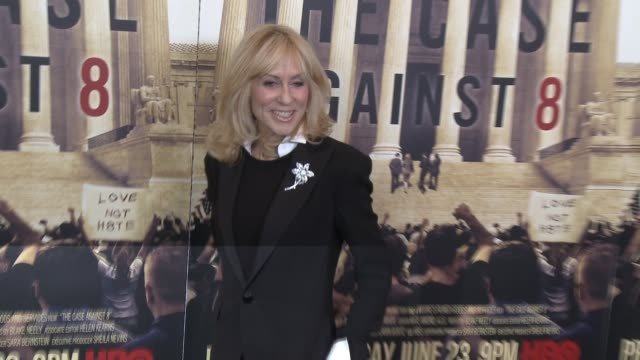 "judith light at the hbo documentary ""the case against 8"" los angeles premiere at directors guild of america on june 03, 2014 in los angeles,... - ドキュメンタリー映画点の映像素材/bロール"