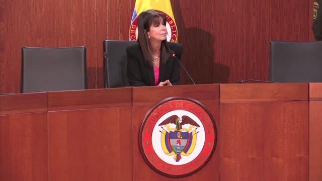 jueces colombianos aprobaron el martes procedimientos para una via rapida especial que permita implementar el renegociado acuerdo de paz con la... - revolutionary armed forces of colombia stock videos and b-roll footage