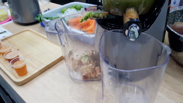 juice blender - juice extractor stock videos & royalty-free footage