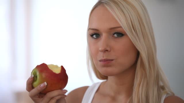 Juicy apple 2