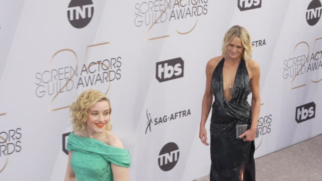 julia garner and robin wright at the 25th annual screen actors guild awards at the shrine auditorium on january 27, 2019 in los angeles, california. - screen actors guild stock videos & royalty-free footage