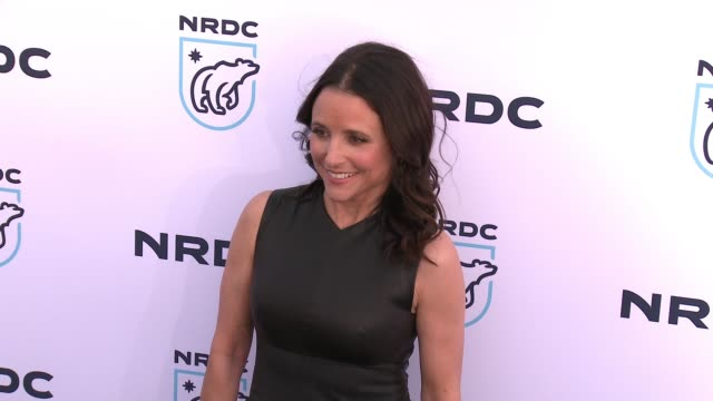 julia louisdreyfus at nrdc stand up for the planet la 2017 in los angeles ca - national resources defense council stock videos & royalty-free footage