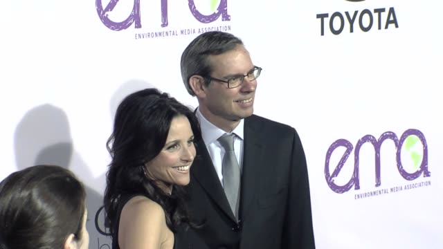 julia louisdreyfus at the the 18th annual environmental media awards benefiting the environment at los angeles ca - environmental media awards stock videos & royalty-free footage