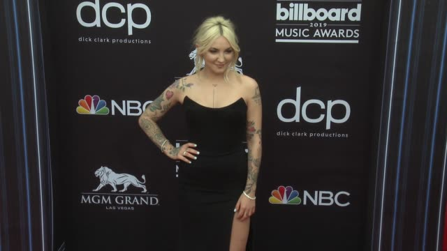 julia michaels at the 2019 billboard music awards at mgm grand garden arena on may 1 2019 in las vegas nevada - mgm grand garden arena stock videos & royalty-free footage