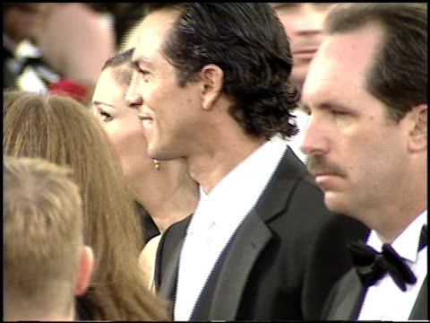 julia roberts at the 2001 academy awards at the shrine auditorium in los angeles california on march 25 2001 - 73rd annual academy awards stock videos & royalty-free footage