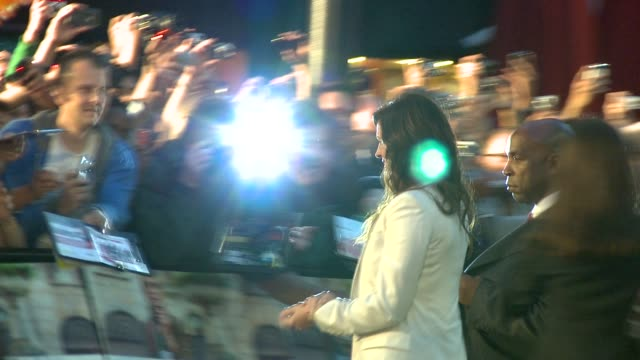 julia roberts at the eat pray love london premiere at london england. - première stock videos & royalty-free footage