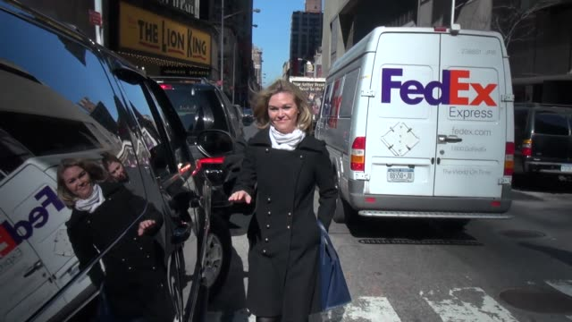 julia stiles outside vh1 julia stiles outside vh1 on march 27 2013 in new york new york - julia stiles stock videos and b-roll footage