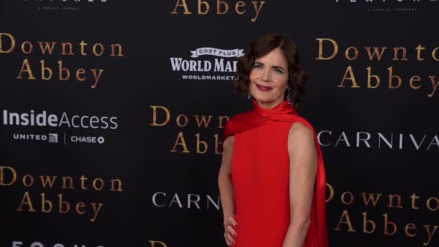 "julian fellowes and elizabeth mcgovern at ""downton abbey"" new york premiere at alice tully hall on september 16, 2019 in new york city. - julian fellowes stock videos & royalty-free footage"