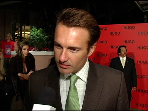 julian mcmahon on why he came to support hugo boss, why he likes the style and look of hugo clothing, wearing hugo to the event and on upcoming... - 作品名 ファンタスティック・フォー点の映像素材/bロール