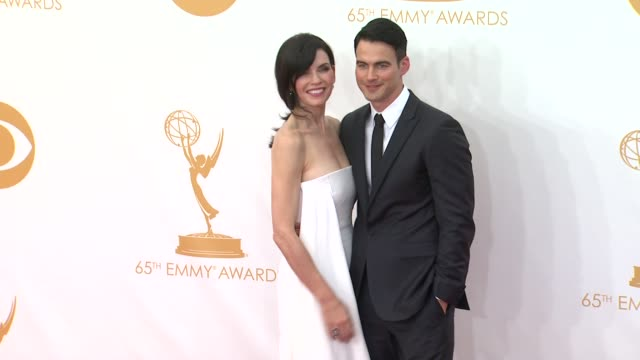 julianna margulies at 65th annual primetime emmy awards arrivals on 9/22/2013 in los angeles ca - annual primetime emmy awards stock-videos und b-roll-filmmaterial