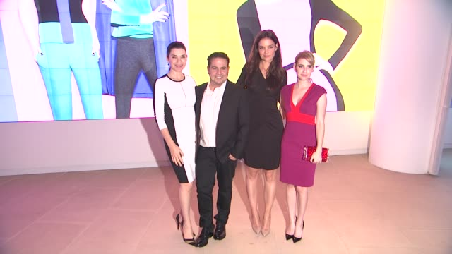 julianna margulies, narciso rodriguez, katie holmes and emma roberts at kohl's celebrates the launch of narciso rodriguez for designation with... - exklusiv stock-videos und b-roll-filmmaterial