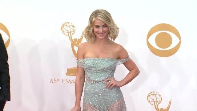 julianne hough at 65th annual primetime emmy awards arrivals on 9/22/2013 in los angeles ca - annual primetime emmy awards stock-videos und b-roll-filmmaterial