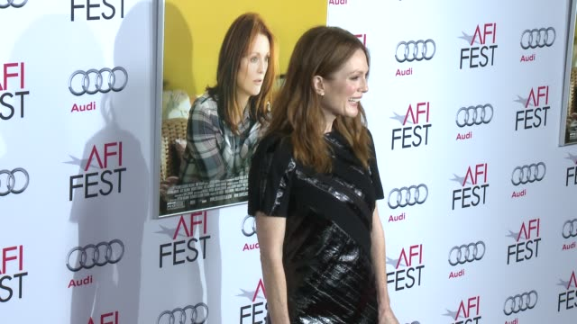 """julianne moore at afi fest 2014 presented by audi - """"still alice"""" premiere at dolby theatre on november 12, 2014 in hollywood, california. - ジュリアン・ムーア点の映像素材/bロール"""