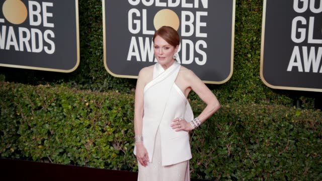 stockvideo's en b-roll-footage met julianne moore at the 76th annual golden globe awards arrivals 4k footage at the beverly hilton hotel on january 06 2019 in beverly hills california - golden globe awards