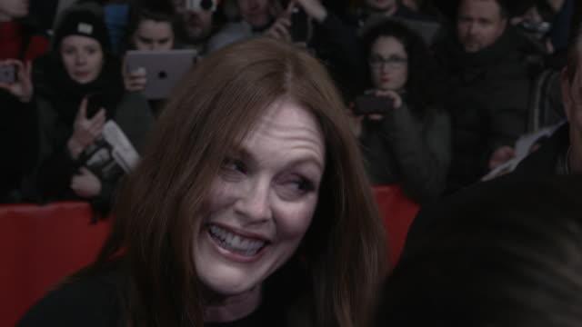 stockvideo's en b-roll-footage met interview julianne moore on the berlin film festival and on her character at 'maggies plan' red carpet 66th berlin international film festival at... - internationaal filmfestival van berlijn 2016