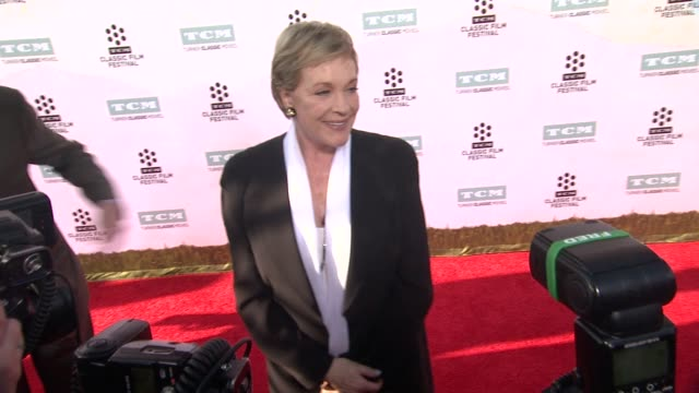 """julie andrews at the 50th anniversary screening of """"the sound of music"""" at tcl chinese theatre imax on march 26, 2015 in hollywood, california. - julie andrews stock videos & royalty-free footage"""