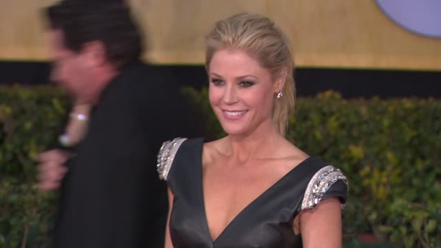Julie Bowen at 19th Annual Screen Actors Guild Awards Arrivals 1/27/2013 in Los Angeles CA
