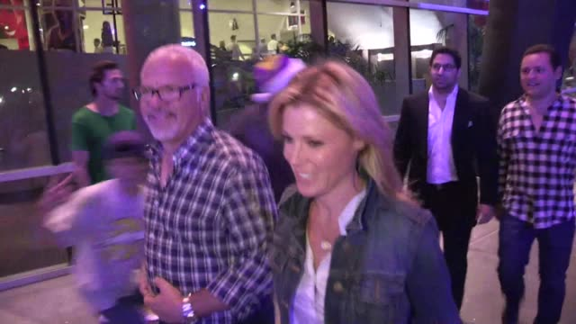 julie bowen greets a fan at staples center in los angeles 05/12/12 - julie bowen stock videos and b-roll footage