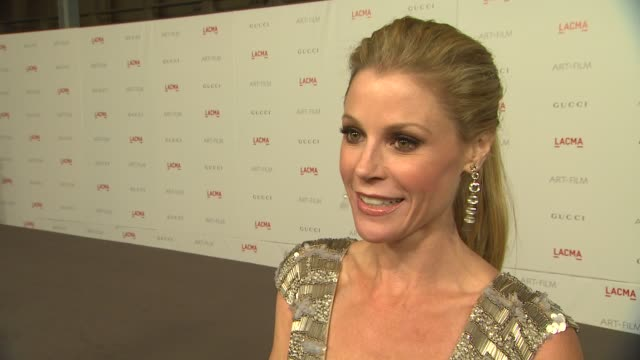 julie bowen on why she wanted to support the lacma art film gala her favorite lacma memory and why the nights honorees are so deserving of this... - julie bowen stock videos and b-roll footage