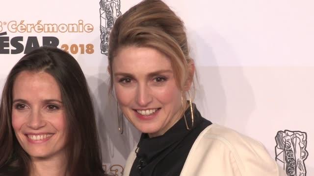 vidéos et rushes de julie gayet on the red carpet for the cesar film awards 2018 at salle pleyel in paris paris, france, on friday, march 2nd, 2018 - cesar