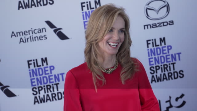 julie hagerty at the 2020 film independent spirit awards on february 08 2020 in santa monica california - film independent spirit awards stock videos & royalty-free footage