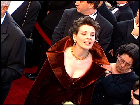 juliette binoche at the 1997 academy awards arrivals at the shrine auditorium in los angeles, california on march 24, 1997. - juliette binoche stock videos & royalty-free footage