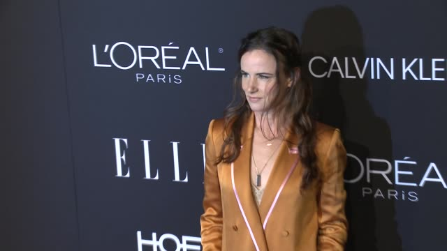 juliette lewis at elle's 25th annual women in hollywood celebration presented by l'oreal paris, hearts on-fire and calvin klein on october 15, 2018... - juliette lewis stock videos & royalty-free footage