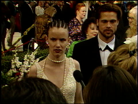 vidéos et rushes de juliette lewis at the 1992 academy awards at dorothy chandler pavilion in los angeles california on march 30 1992 - 1992