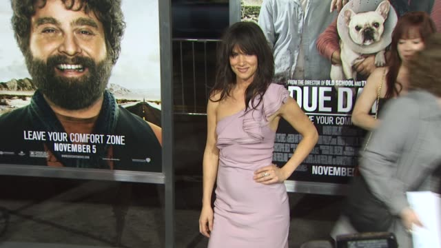 juliette lewis at the 'due date' premiere at hollywood ca. - juliette lewis stock videos & royalty-free footage