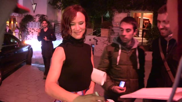 juliette lewis greeting fans at elle's women in television celebration at the sunset tower in west hollywood in celebrity sightings in los angeles, - juliette lewis stock videos & royalty-free footage