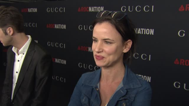 juliette lewis on the event. at the gucci & rocnation pre-grammy brunch at west hollywood ca. - juliette lewis stock videos & royalty-free footage