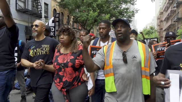 july 18, 2019: protesting the death of eric garner who was chokehold to his death by nypd officer daniel pantaleo. garner's reported last words... - g force stock videos & royalty-free footage
