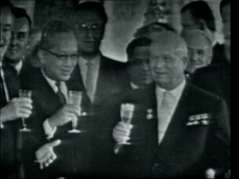 July LIB Moscow INT Presiodent Nikita Khrushchev United Nations Secretary General U Thant and US Secretary of State Dean Rusk toast the signing of...