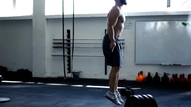 vídeos de stock e filmes b-roll de jump rope exercise - corda de saltar