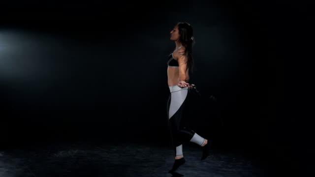 hopprep träning i slow motion - hopprep rep bildbanksvideor och videomaterial från bakom kulisserna