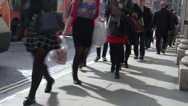 junction around bank station to be closed except to buses and bikes england london bank ext general view people along street near bank station bank... - itv london tonight weekend stock videos & royalty-free footage