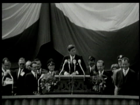 june 1963 montage john f kennedy addressing berliners at cityhall platz / west berlin germany - john f. kennedy politik stock-videos und b-roll-filmmaterial