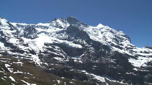 ws jungfrau, bernese alps / grindelwald, bernese oberland, switzerland - bernese alps stock videos & royalty-free footage