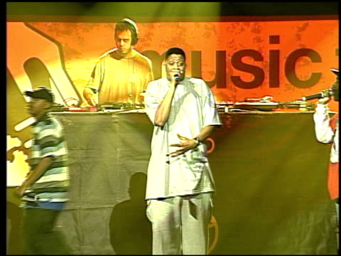 jurassic 5 at the 'music for relief rebuilding south asia' benefit show at arrowhead pond in aneheim california on february 18 2005 - honda center anaheim stock videos & royalty-free footage