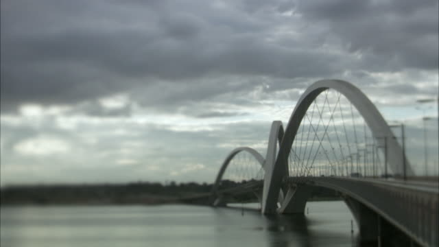 ws, selective focus, juscelino kubitschek bridge, brasilia, brazil - juscelino kubitschek bridge stock videos & royalty-free footage