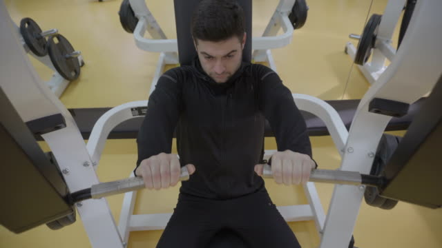 just me in the gym - exercise machine stock videos & royalty-free footage